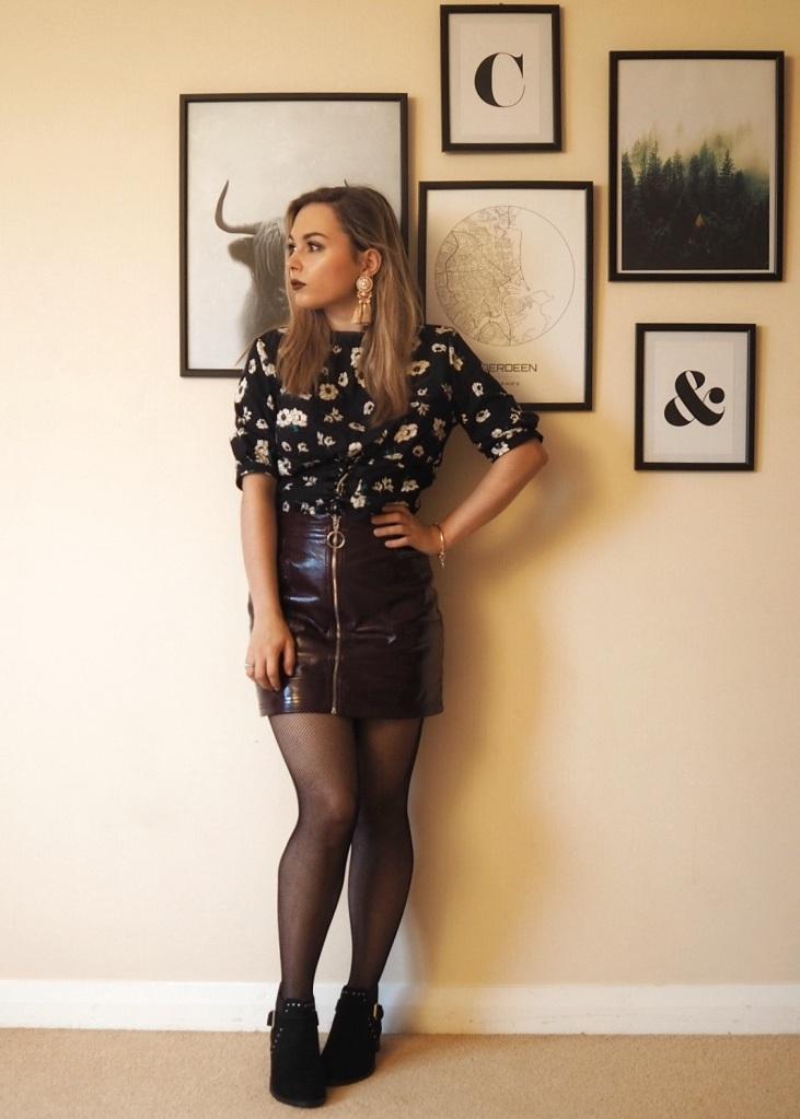 Vinyl skirt 05