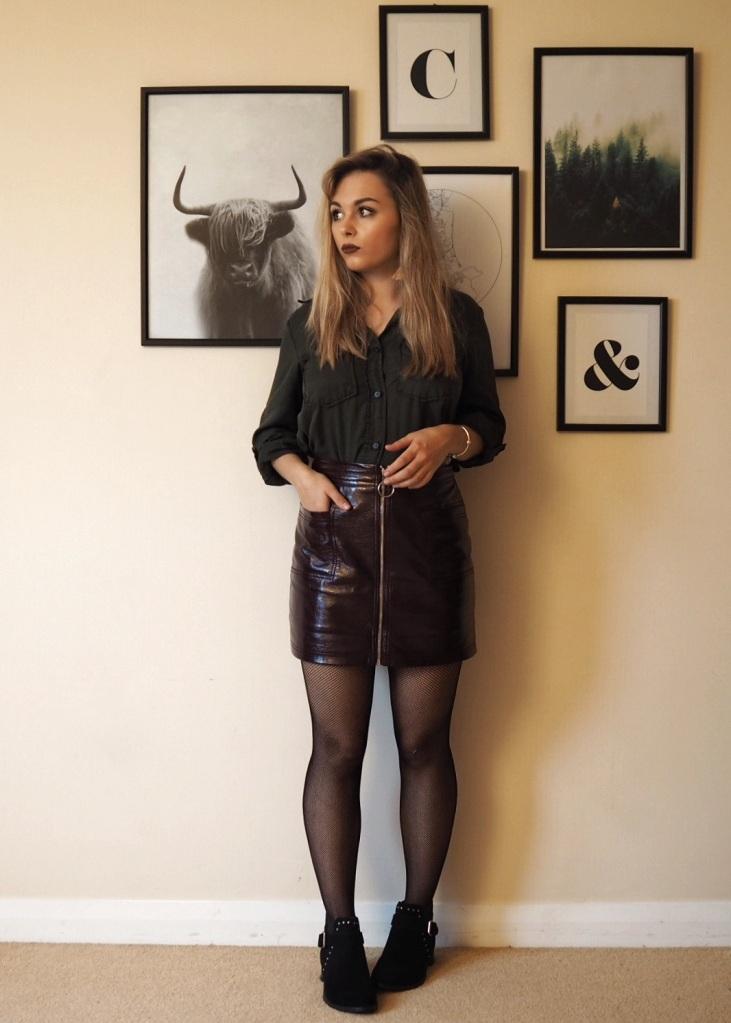 Vinyl skirt 01
